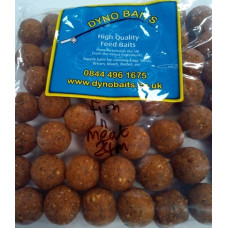 24mm HIGH GRADE COMMANDO FISH & MEAT BOILIES 500g bag DYNO BAITS